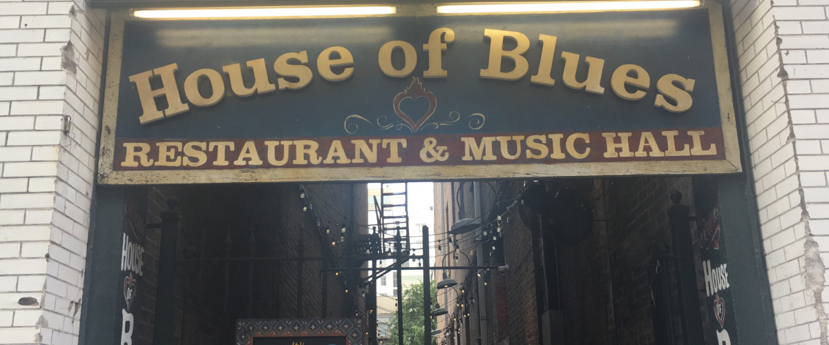 House of Blues New Orleans To Serve Thanksgiving Meals to Community Members in Need