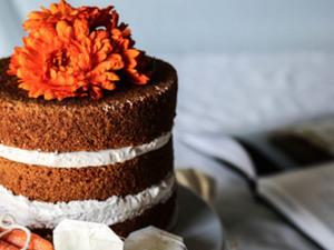 Cardamom Carrot Cake + Earl Grey Frosting (gl