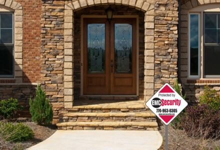 Do Home Security Yard Signs Really Deter Burglars?