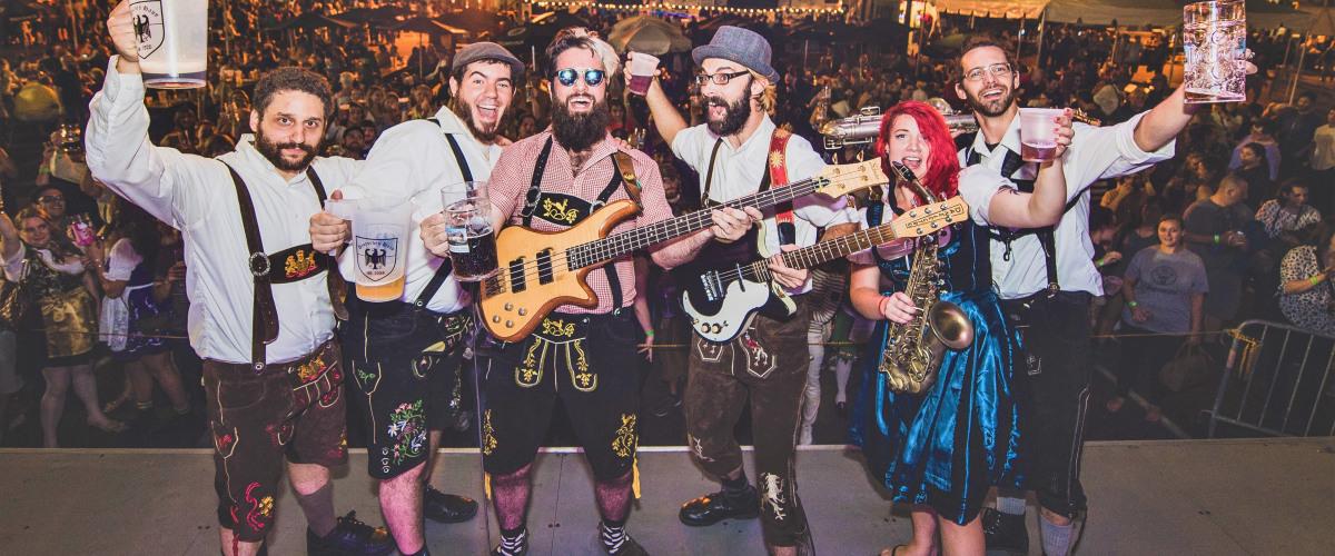 Enjoy Bier and Gem?tlichkeit at Oktoberfest 2016