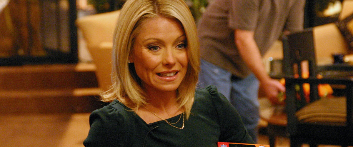 Kelly Ripa Carded at Local Joint Mimi's In the Marigny