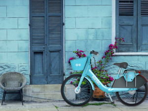 The Helis Foundation Partners with Blue Bikes and Blue Cross and Blue Shield of Louisiana for #BlueBikes4Art Contest