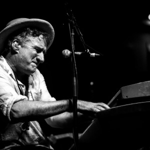 Jon Cleary with Los Lobos